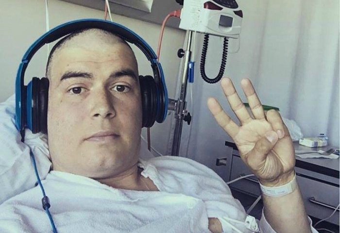 Daniel Svensson roser personalet på Aalborg sygehus