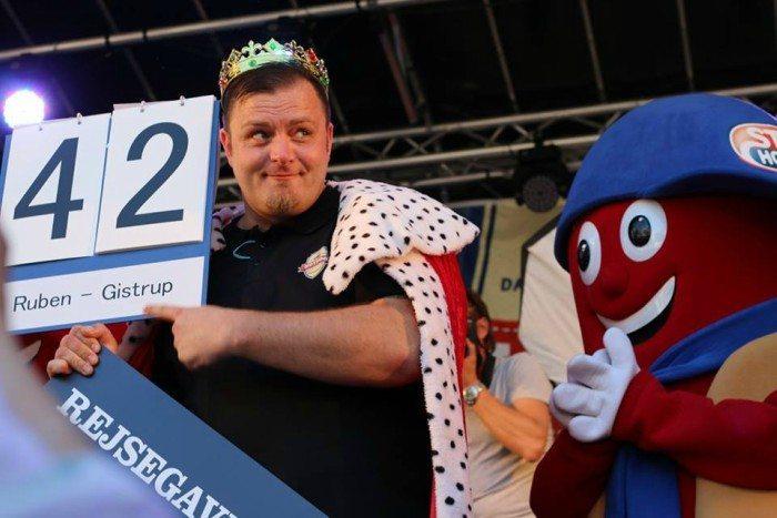 Ruben Lemcke-Mikkelsen fra Gistrup vandt for fjerde år i træk DM i hot-dog Foto: Steff Houlberg