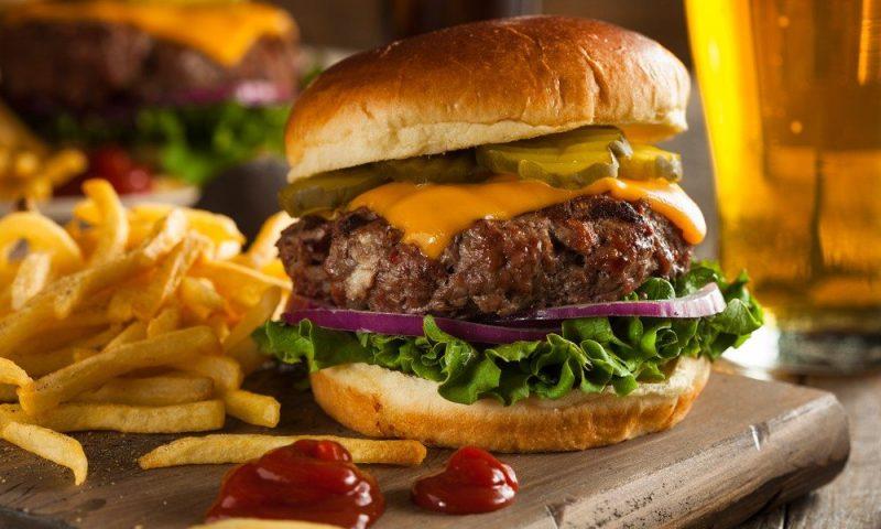 Hvem vil teste burgere for os?
