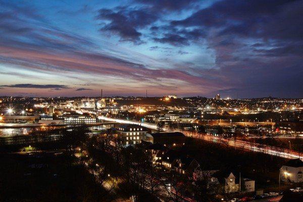 Den fantastiske udsigt fra Hotel Comwell Hvide Hus om aftenen