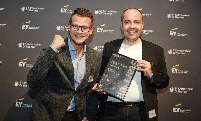 Her ses Mads Peter Veiby og Bo Abrahamsen, mændene bag ParkPark, efter de vandt Entrepreneur Of The Year i Region Nordjylland