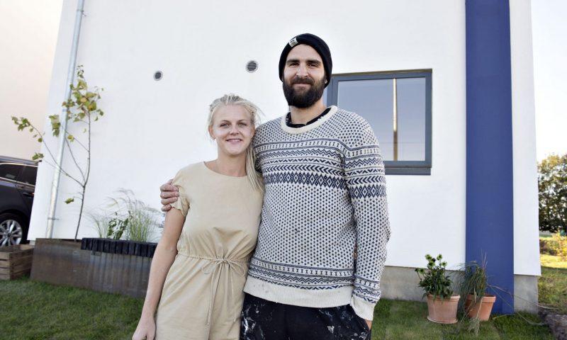 Det ene Aalborg-par Mikkel og Christine er med til Åbent Hus Foto:  Lars Horn / Baghuset