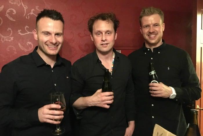 Rasmus Lund Christensen (til venstre), komikeren Geo  og Lasse Frederik Pedersen