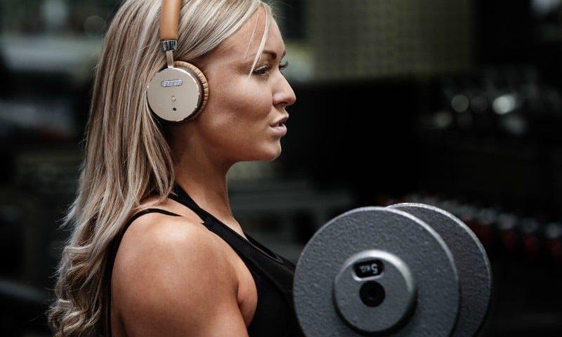 Få de her lækre Headphones plus højtaler for under 800 kr.
