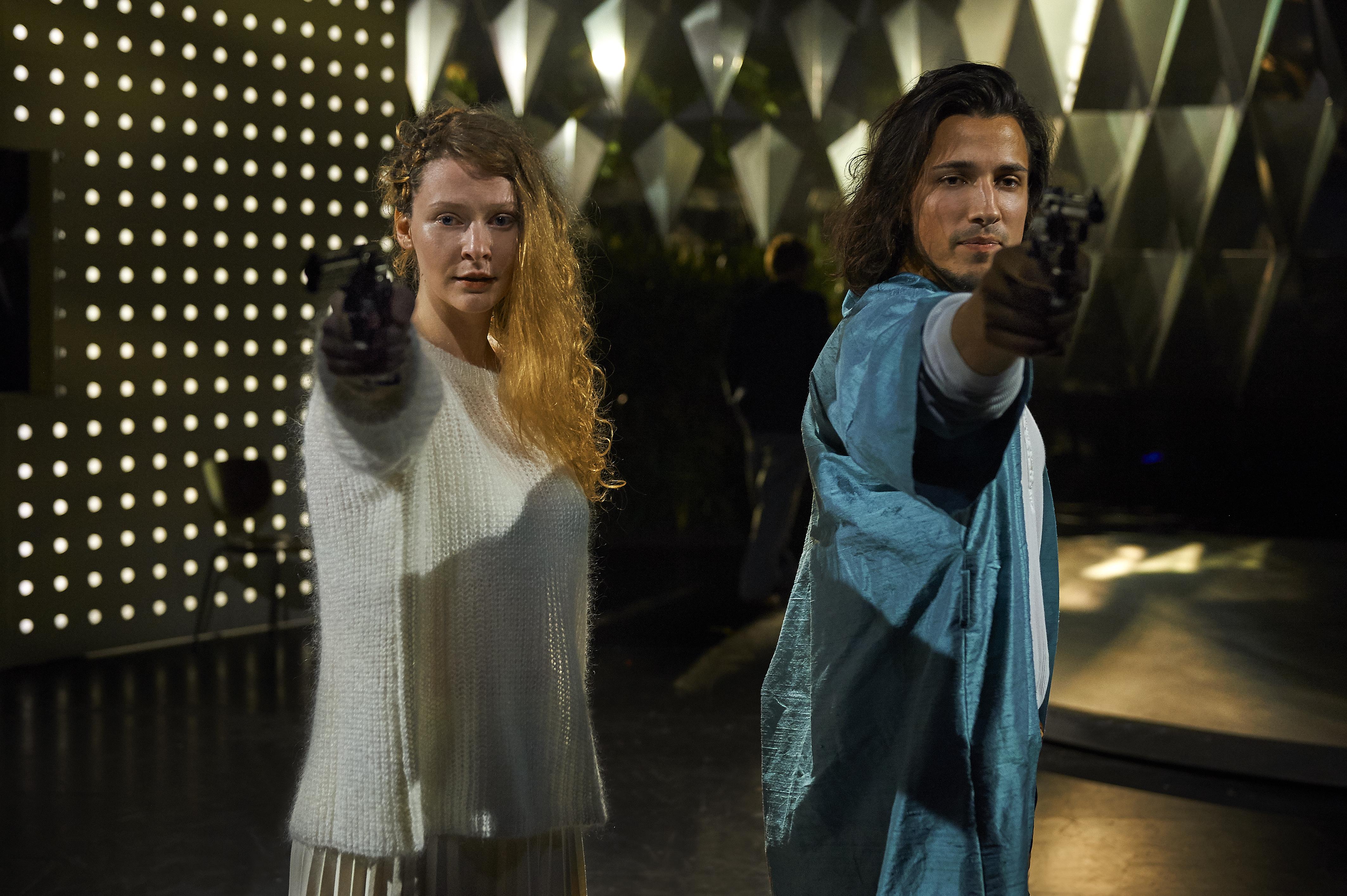 To unge stjerneskud i hovedrollerne: Kæmpe opsætning på Romeo & Julie