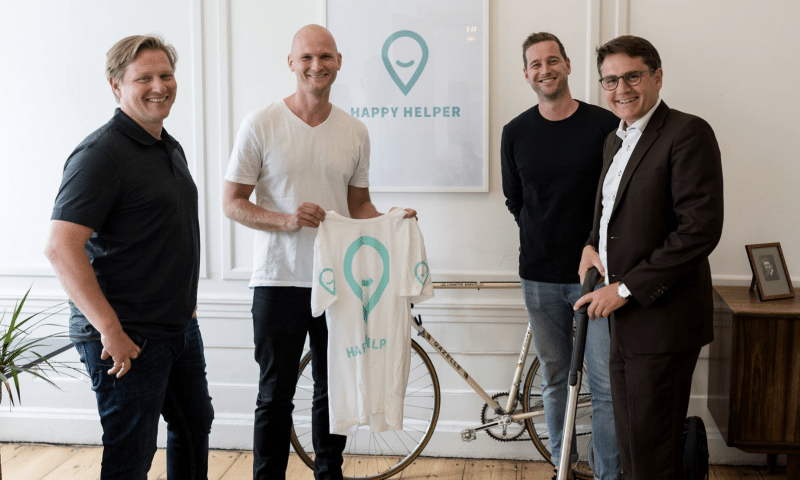 Happy Helper-stifterne i selskab med Erhvervsminister Brian Mikkelsen