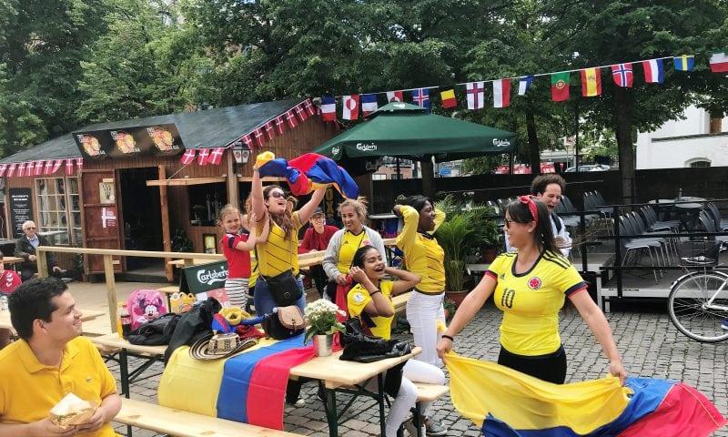 Foto: Aalborg City. Columbia-fans under kampen mod Japan.