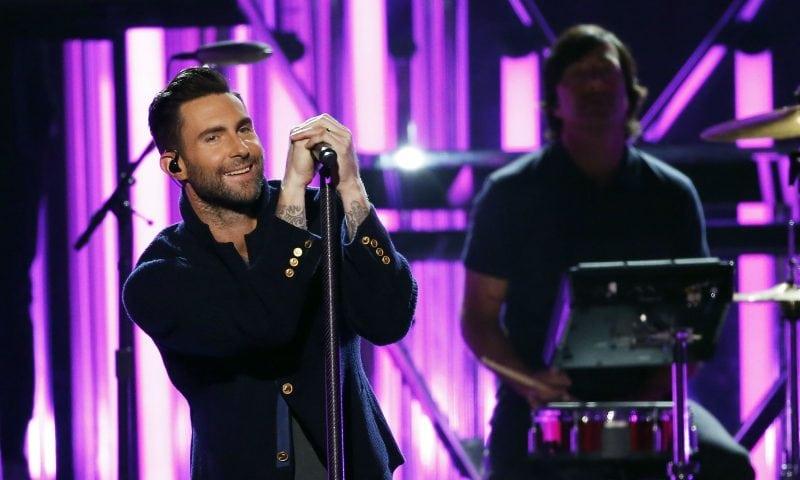 Adam Levine og resten af Maroon 5 kommer til Aalborg