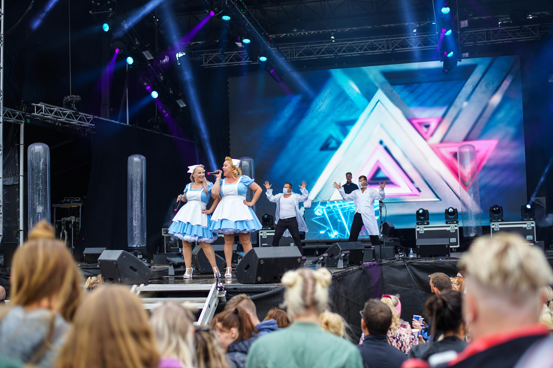 7500 festede i Mølleparken: Ros til Aalborg fra 90'er stjernerne