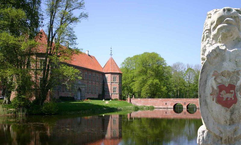 Foto: www.voergaardslot.dk
