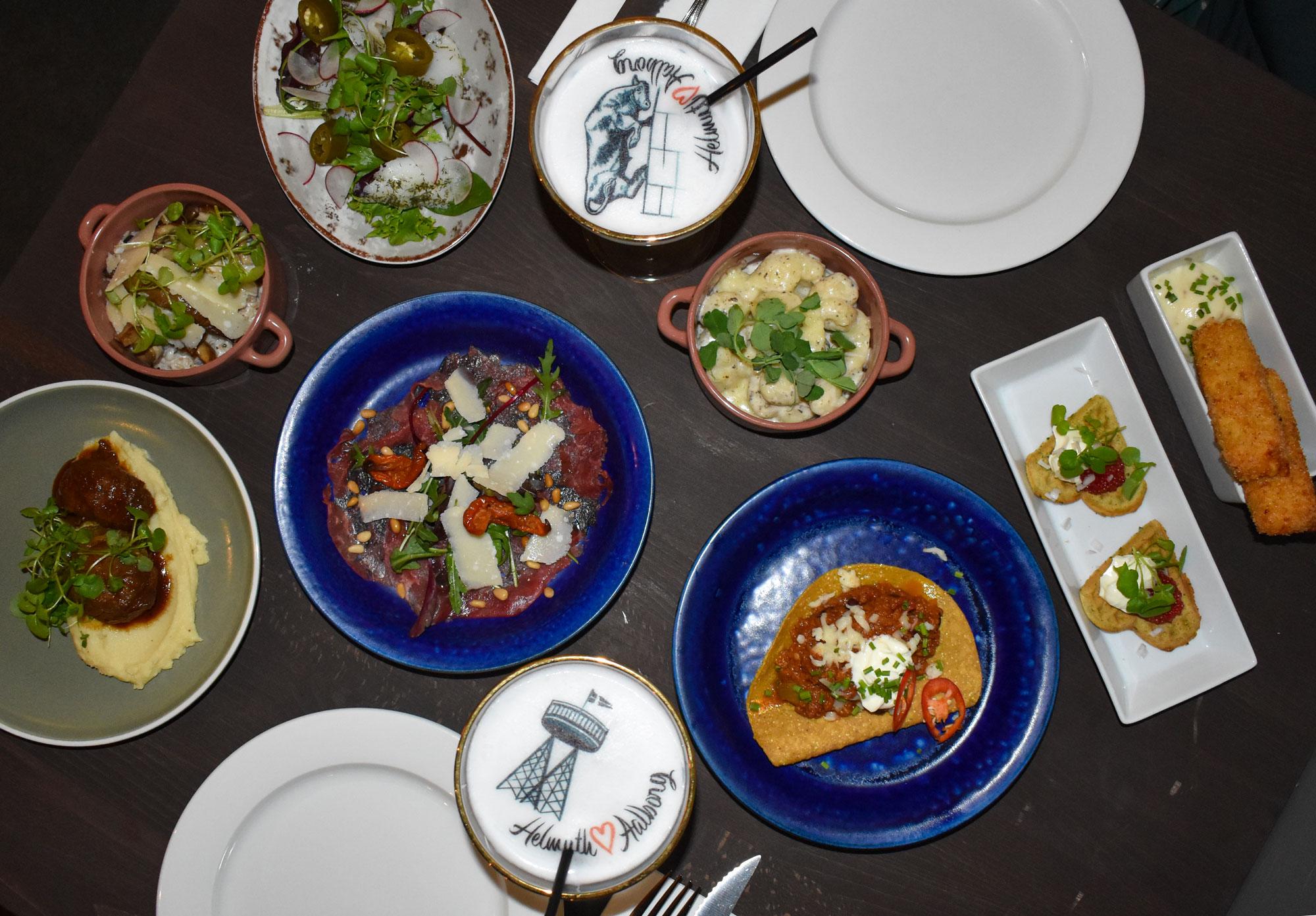 Helmuth med nyt tiltag: Alle favoritterne i en overdådig buffet hver uge
