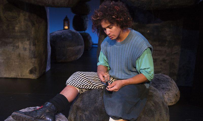 Sebastian Aagaard-Williams som Birk i Aalborg Teaters