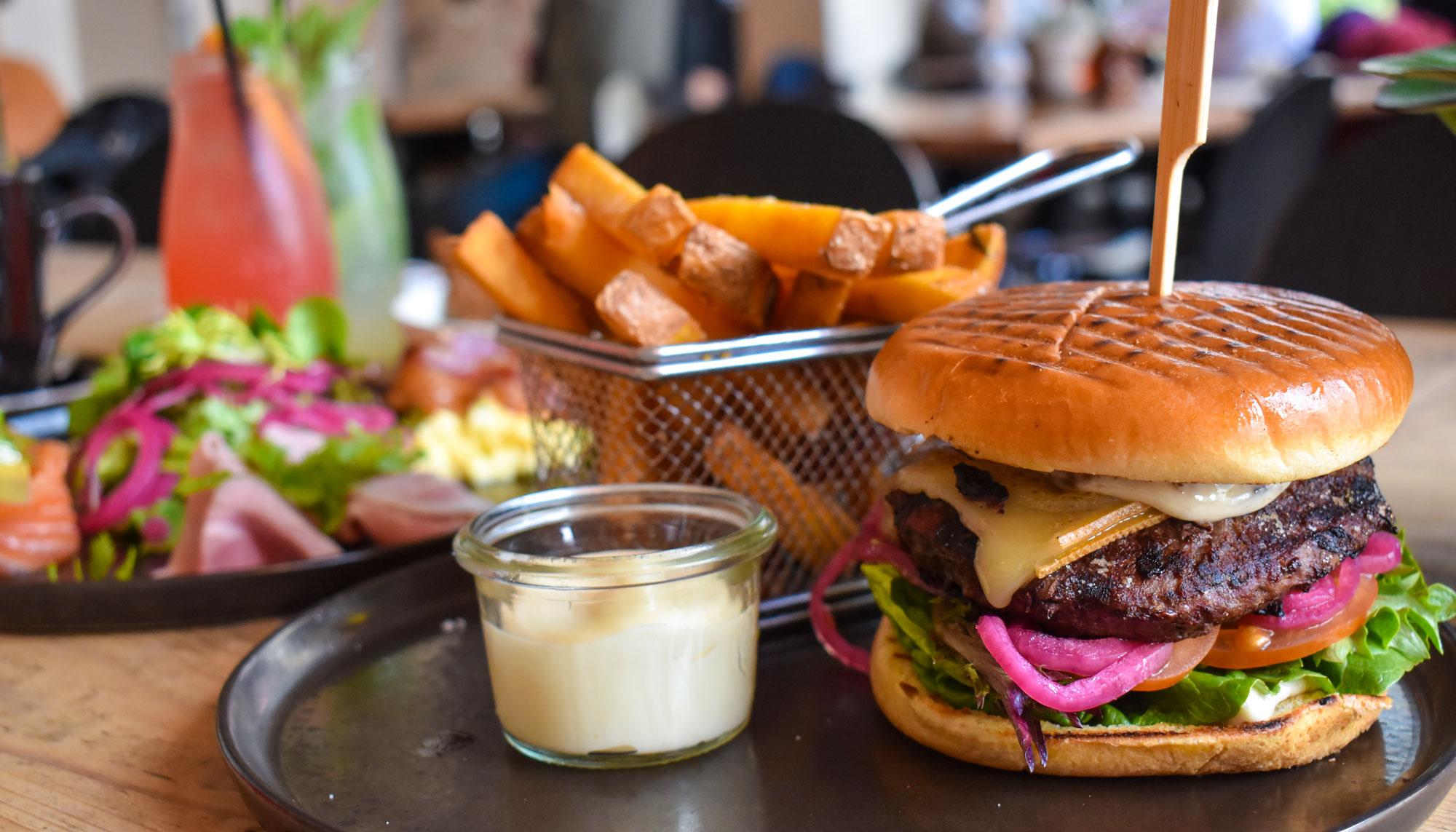 Byens største burgertest er klar: Her er Aalborgs bedste burgere