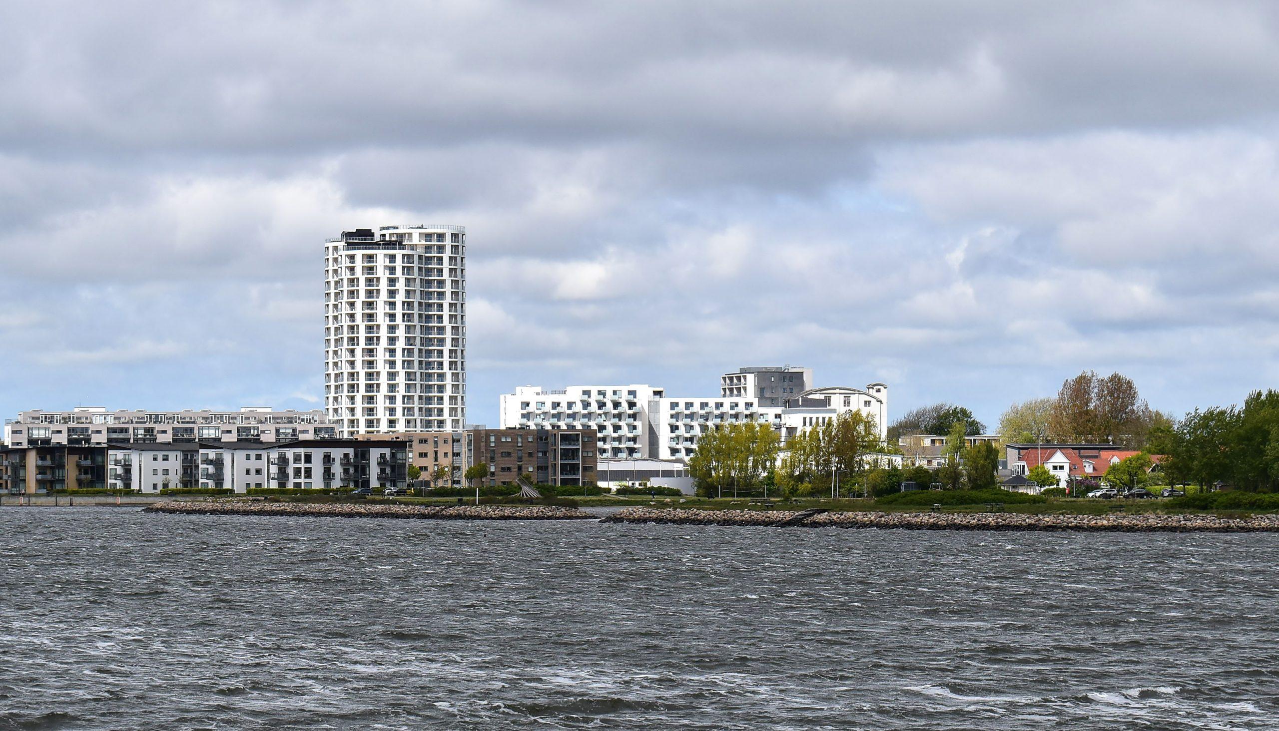Nordjyllands højeste bygning står færdig: 166 lejligheder er klar ved Havnefronten