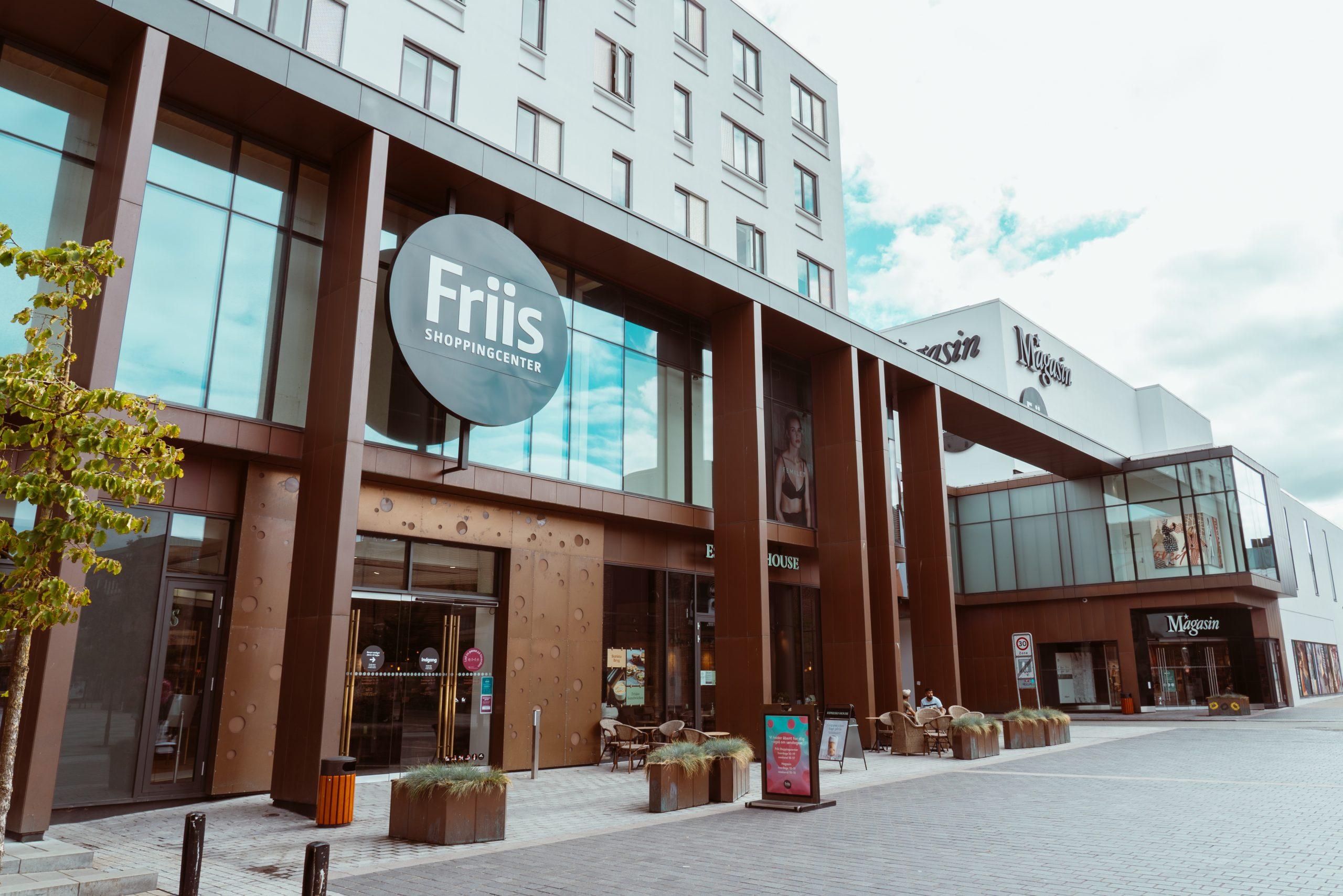 Har 850 pladser: Kæmpe parkeringshus midt i Aalborg lukker i to dage