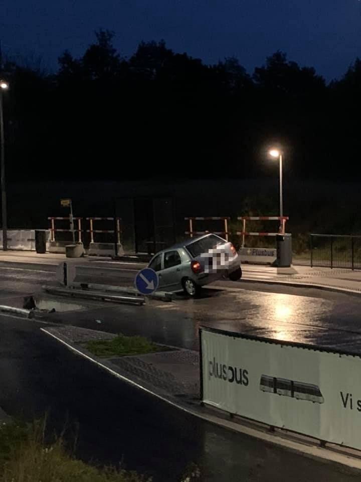 Kvinde kørt til tjek på sygehuset: Tre biler på to dage er kørt i samme bussluse