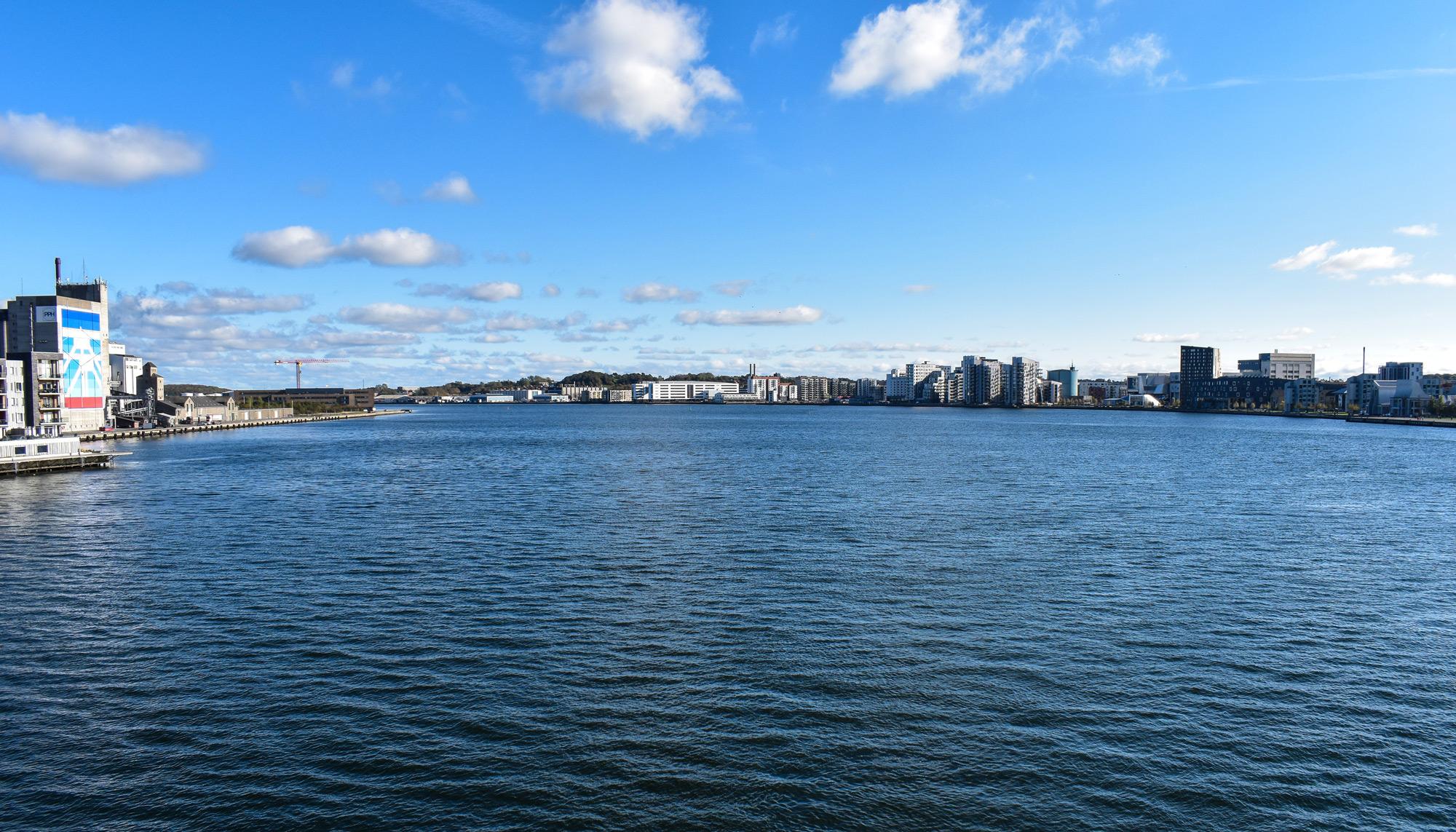 Planlægningen er i gang: Til sommer må du springe ud fra Limfjordsbroen