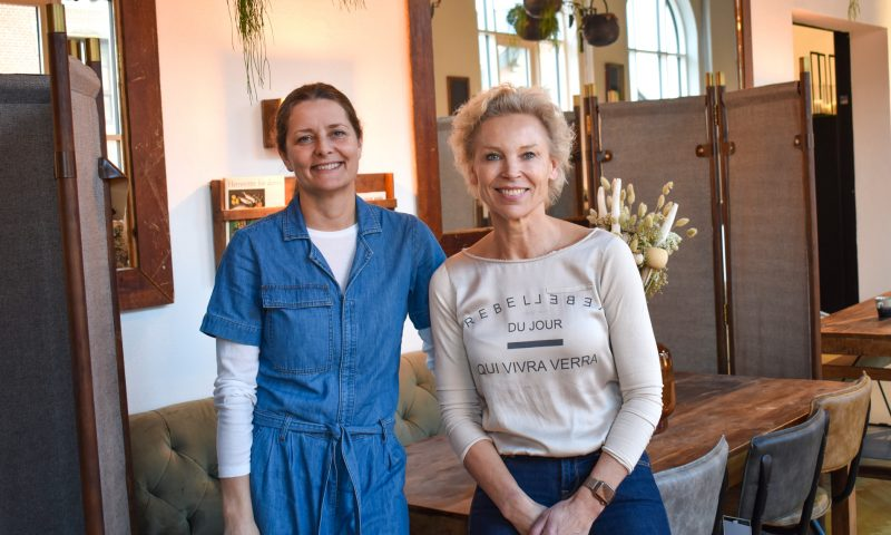 Dorte Eis (t.v) og Git Becker