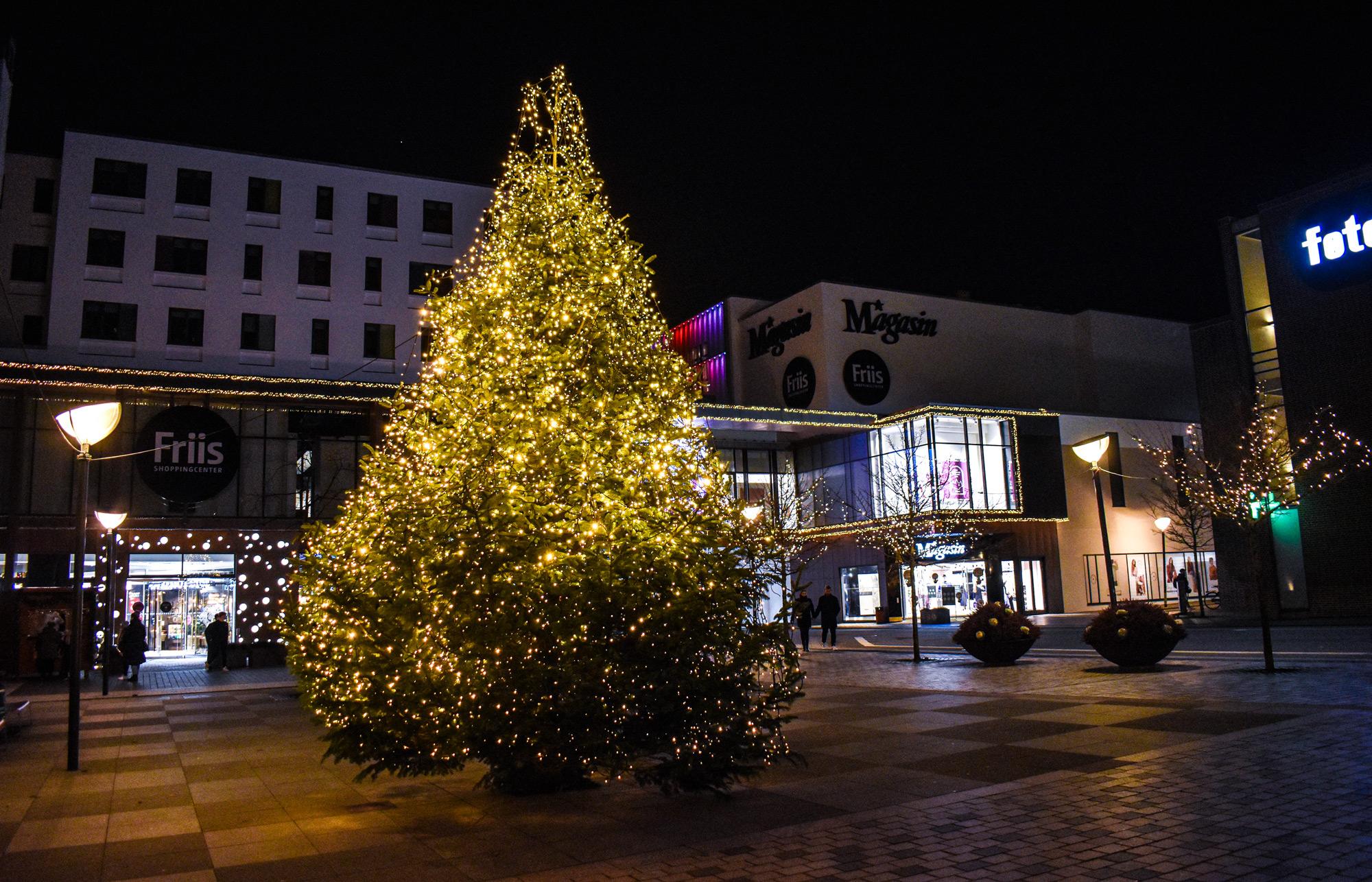 Smukkere end nogensinde: Aalborg er forvandlet til en magisk juleby i år