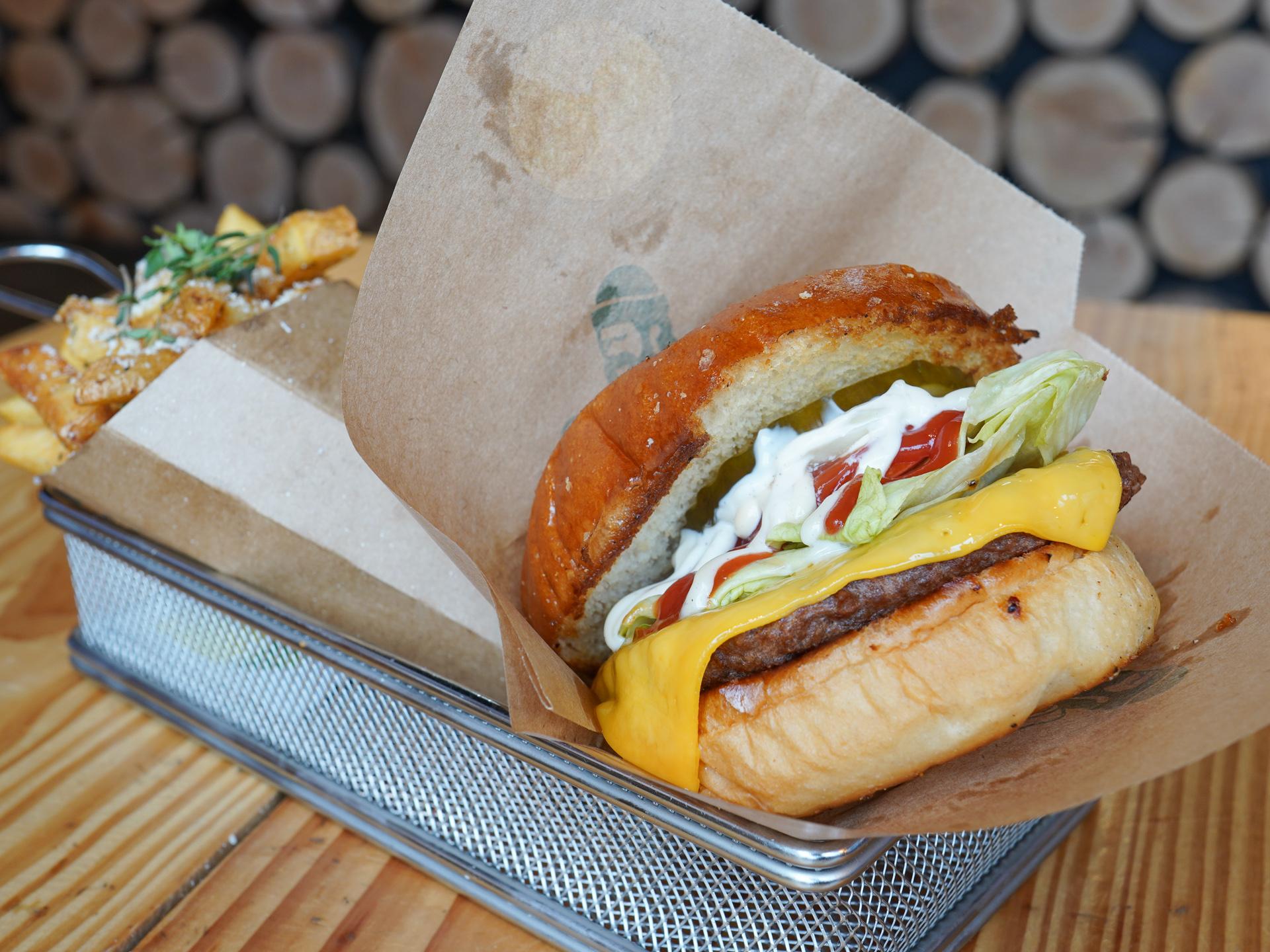 Burger Shack leverer igen glade smileyer og saftige burgere