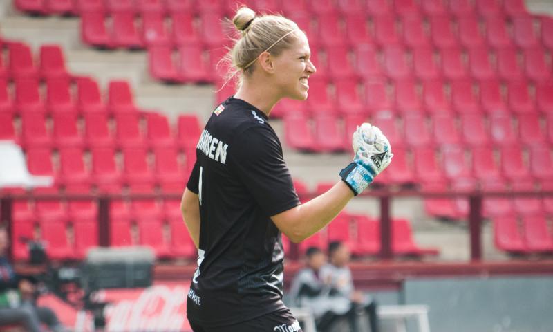 Line Johansen på hjemmebane for EdF Logroño i sæsonen 2019-2020. Foto: EdF Logroño