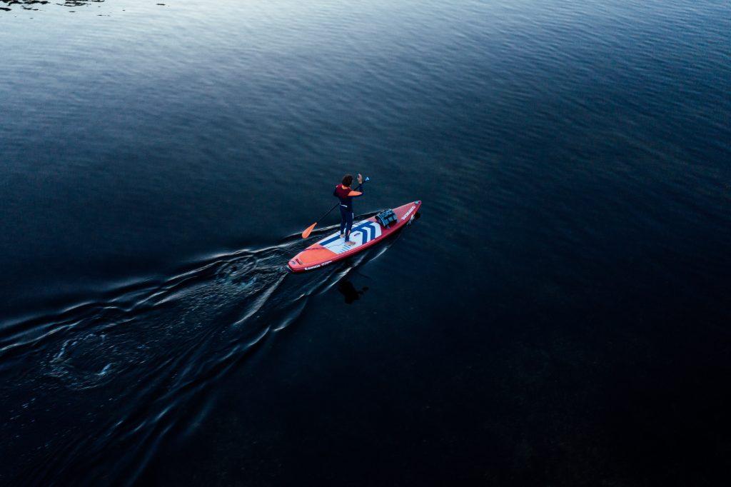 Fra ydmyg drengedrøm til succesfuld virksomhed: SURFMORE udvider til Sverige og Norge