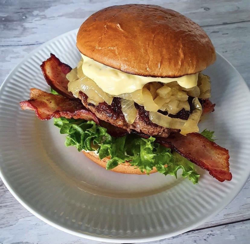 Har Bearnaise-burger på menukortet: Den nye Café Luna åbner i næste uge
