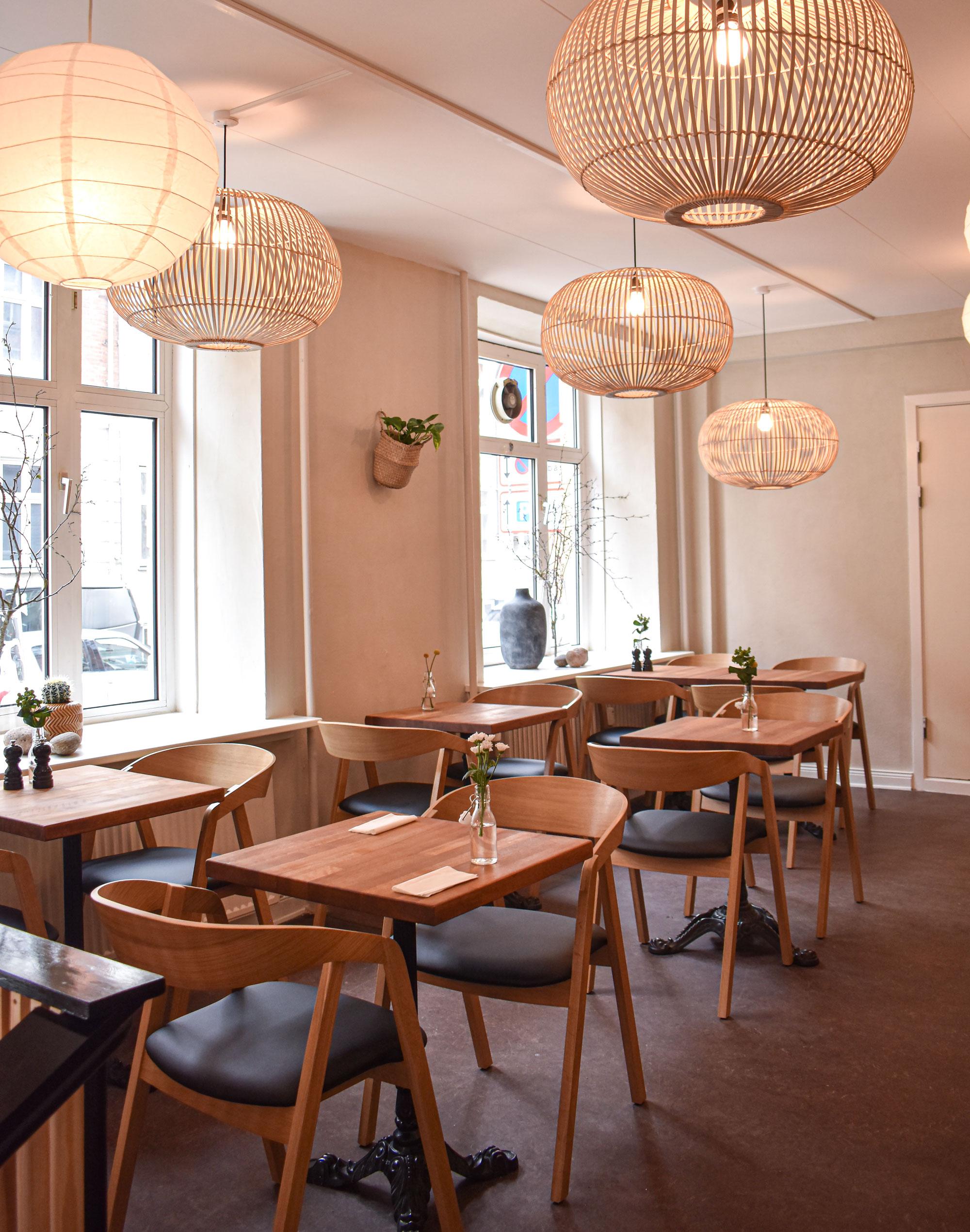Brunch, bearnaise og begejstring: I dag åbnede det nye Café Luna