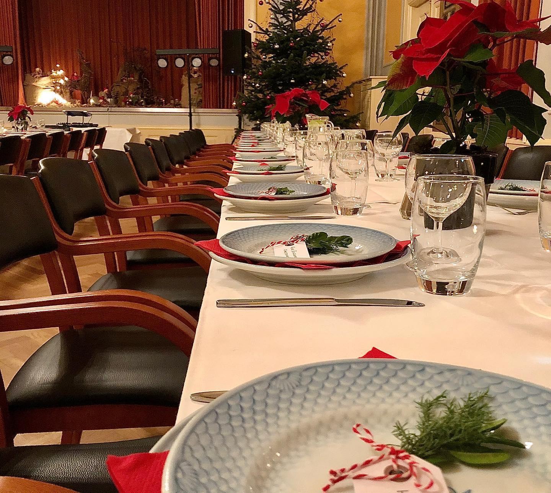 Så er det tid til at booke: Lad Event Aalborg stå for årets firma-julefrokost
