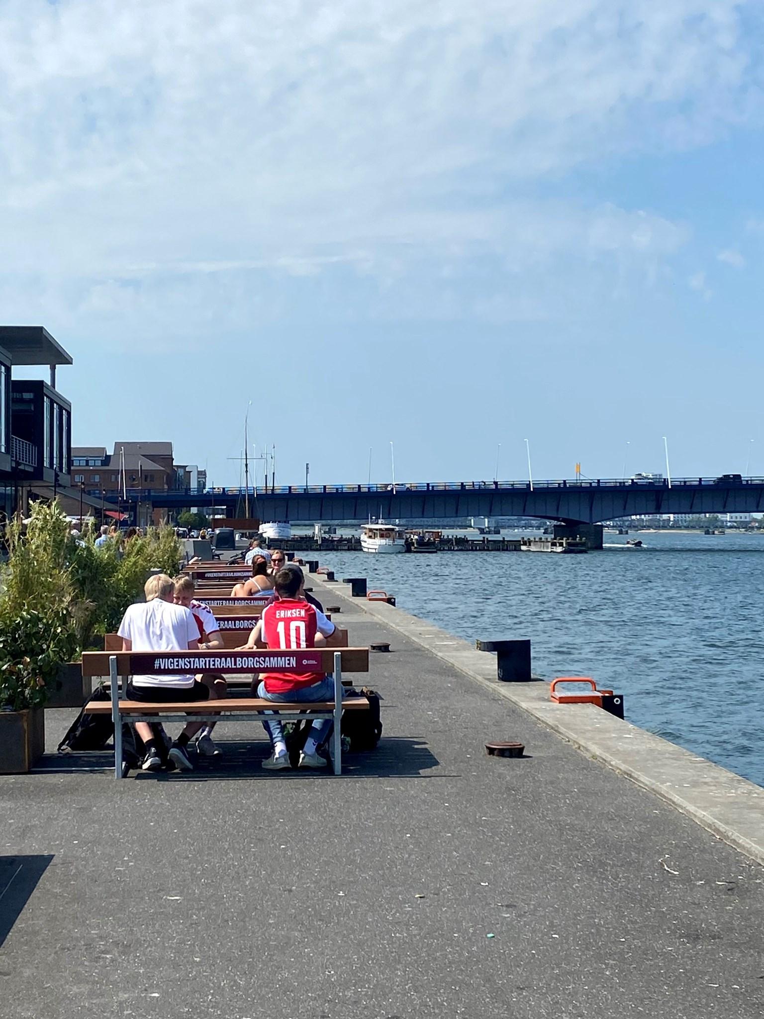 """Aalborg skal være ægte sommerby: Har sat en masse """"hyggekroge"""" op i byen"""