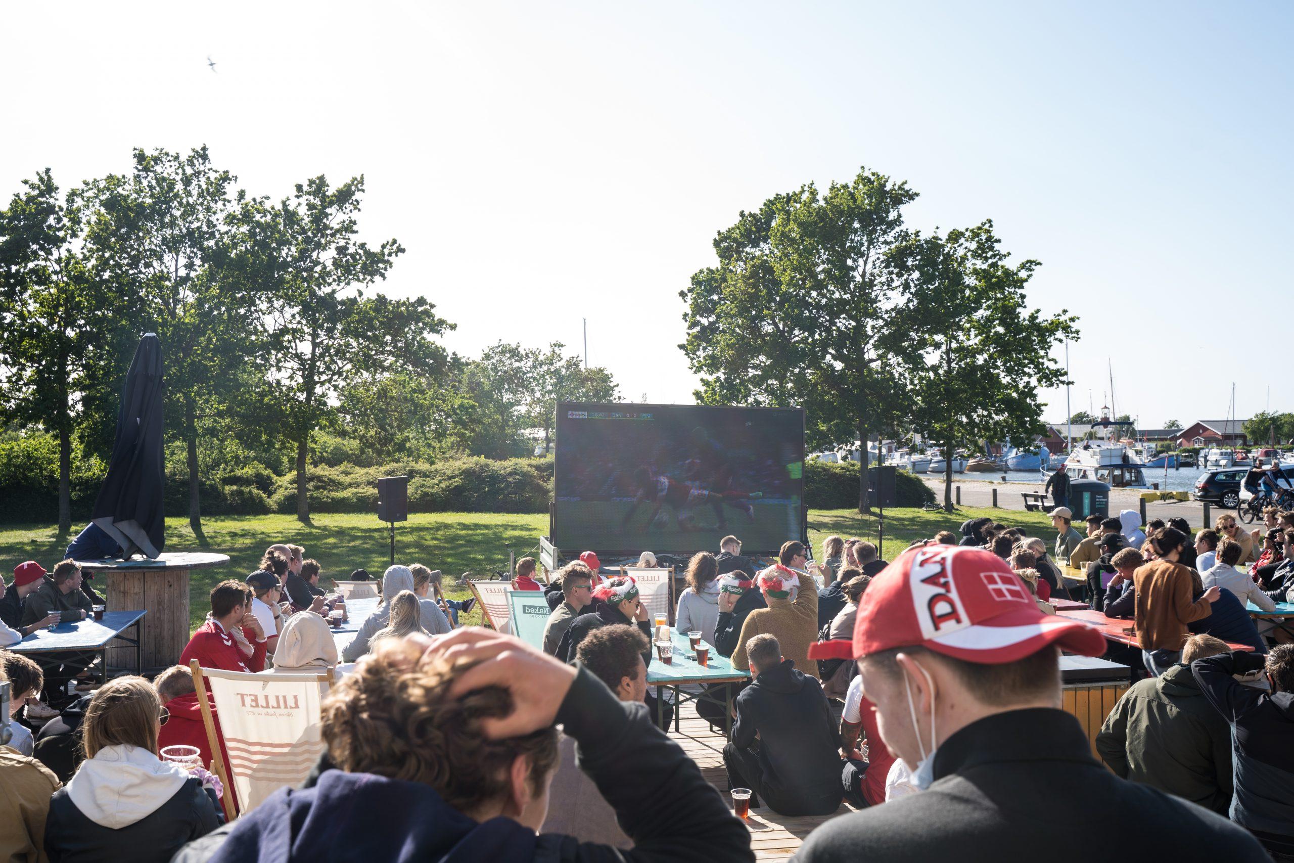 Kæmpe rød-hvid fodboldfest: Her kan du se Danmarks EM-brag på storskærm