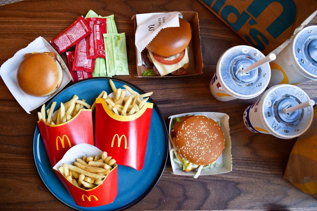 Dobbelt drive-in og 140 siddepladser: Ny McDonald's åbner ved Aalborg