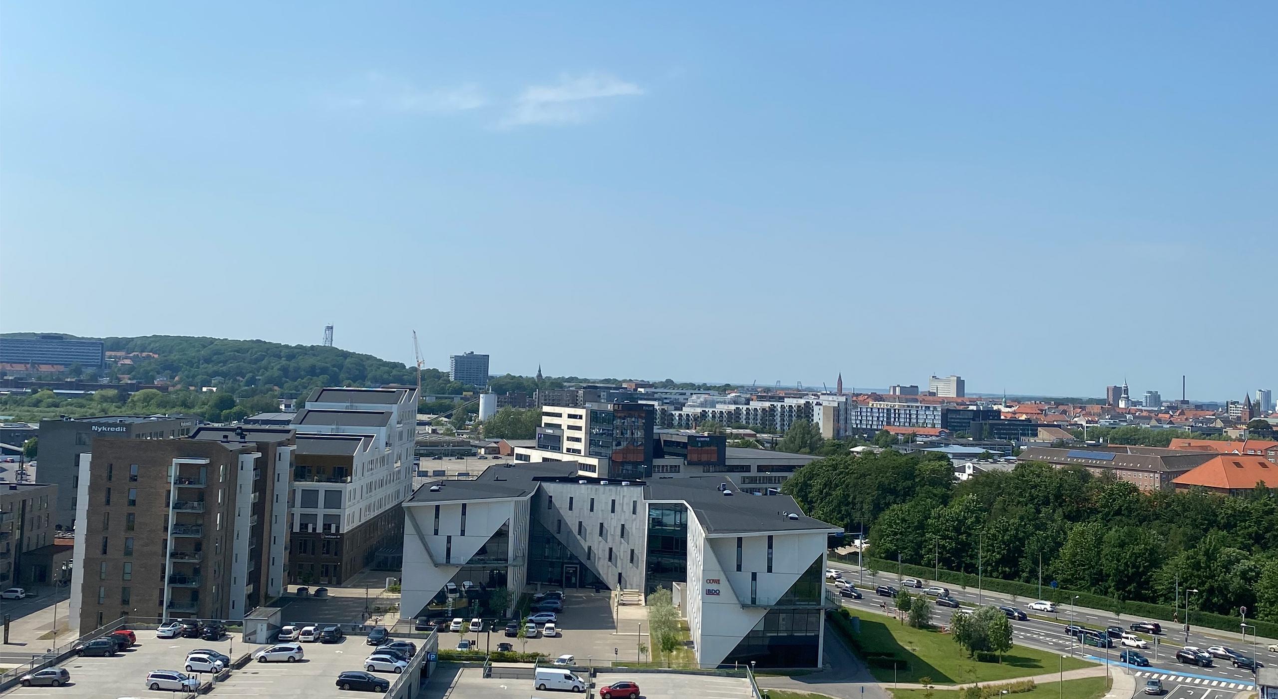 Den vildeste udsigt: Her kan du bo helt eksklusivt på toppen af Aalborg