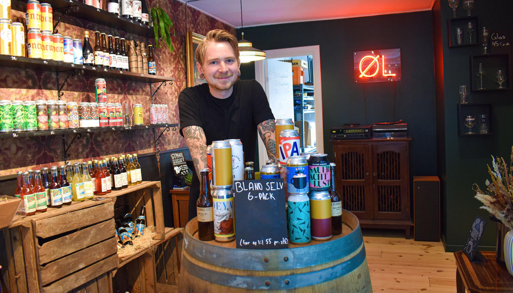 Gratis fadøl og kage: Erlings Flaskebutik fejrer fødselsdag med et brag