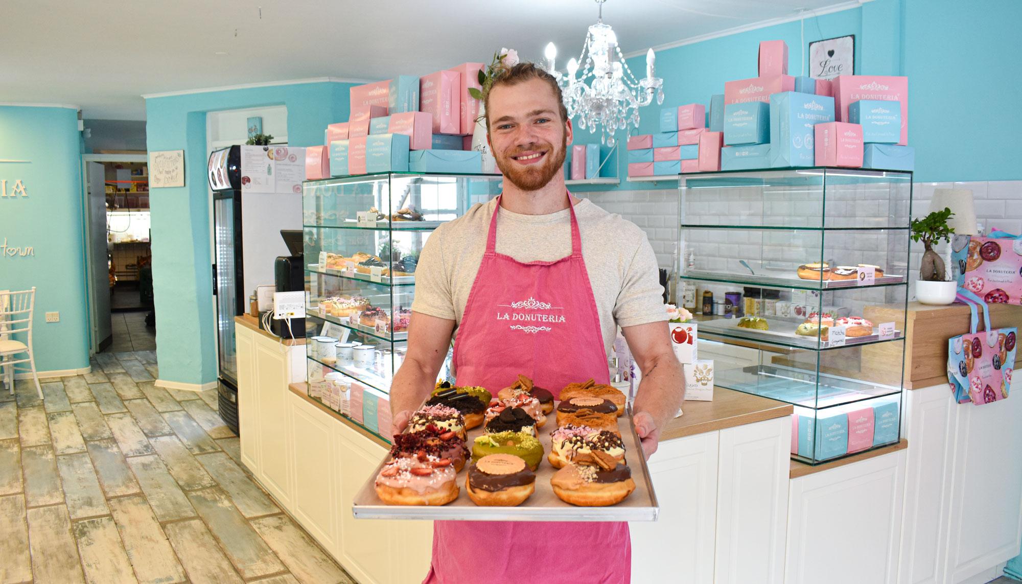 Hjemmebagte donuts til 10 kr: La Donuteria fejrer 1 års fødselsdag i Aalborg