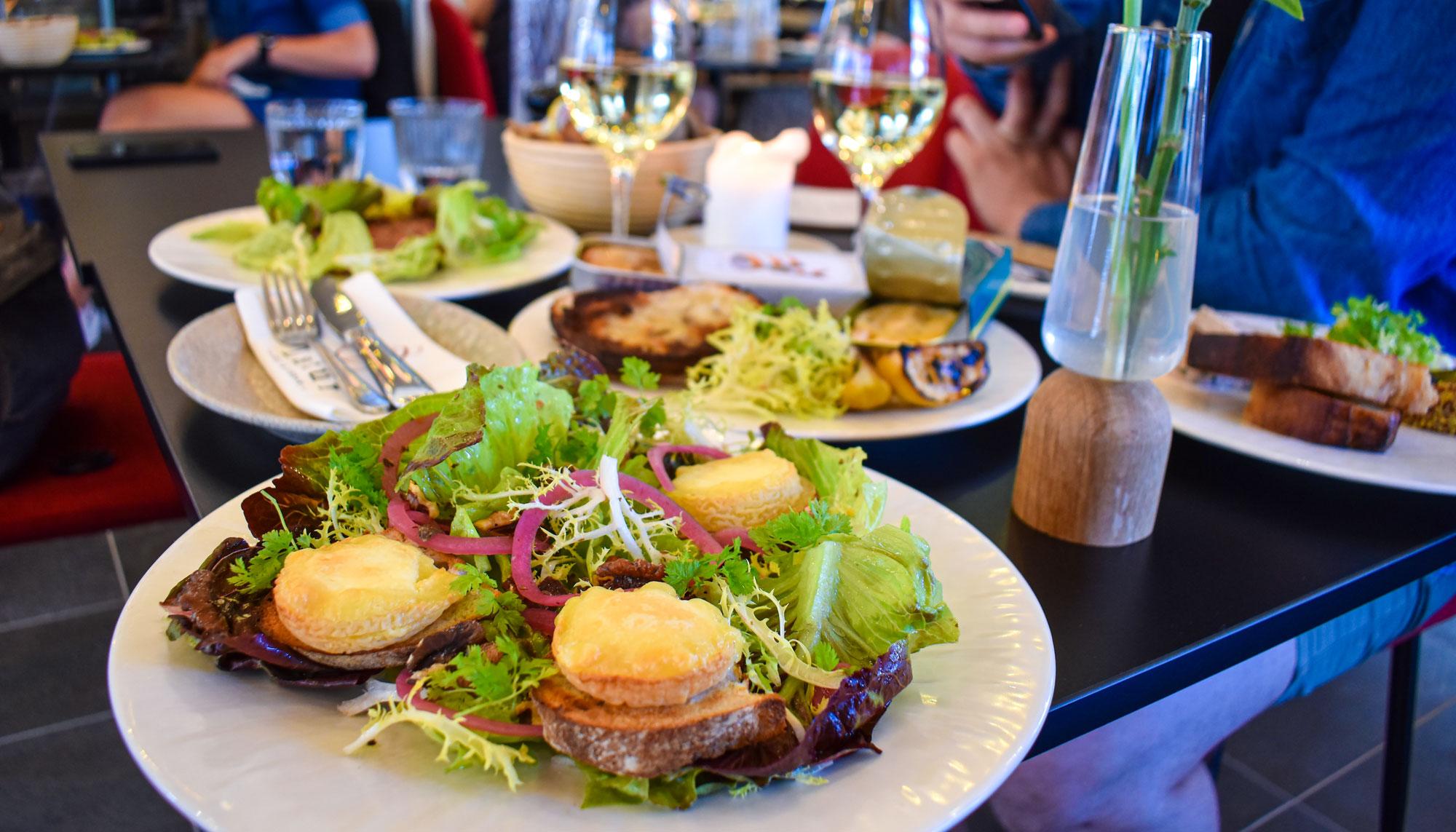 Dåsemad, tatar og lækre vine: Derfor skal du besøge det nye Latur