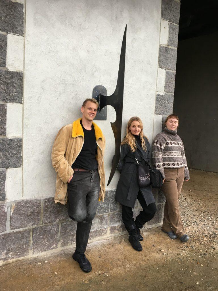 Bananskræl i bronze og meget mere: Nye kunstværker står klar i bybilledet