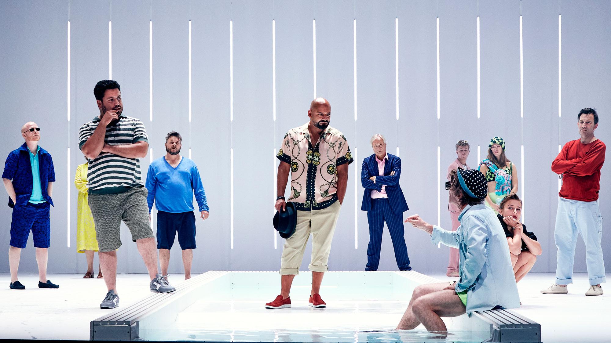 Stjernedrys i byen: Janus Bakrawi er aktuel på Aalborg Teater