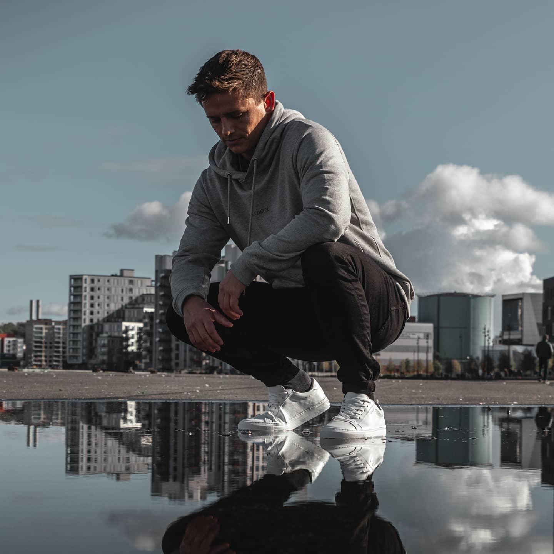 Lokalt sneakers-mærke med succes: Åbner ny butik midt i Aalborg